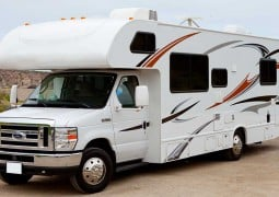 How Living And Travelling In An RV Is The Best Choice?