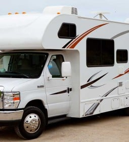 How Living And Travelling In An RV Is The Best Choice