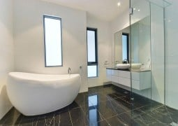 "Modern Bathroom – How to Turn Your ""Cluttered"" into ""Compact"""
