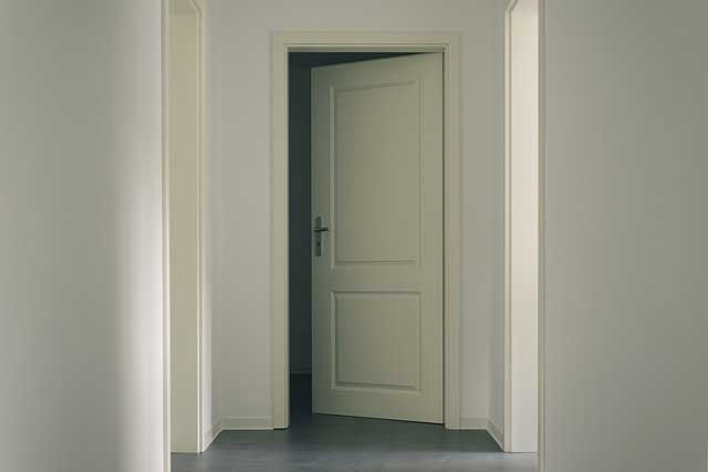 soundproof door tips