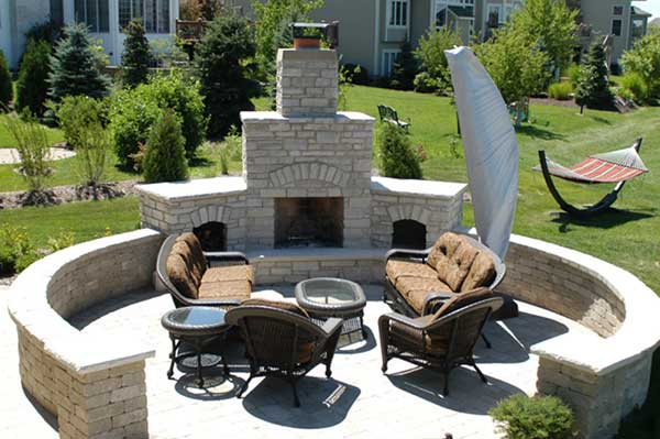Outdoor Fireplace Location